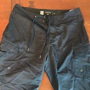 Quicksilver shorts size 32